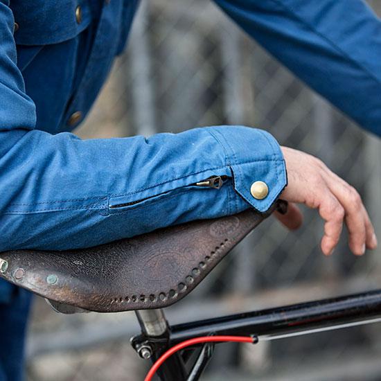 Détail manche veste Galibier de Redouane Rabahi - Histoire veste Galibier Les Motocyclettistes