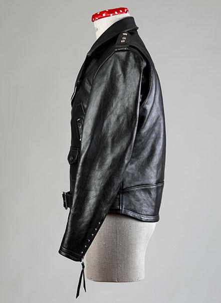 Blouson noir deluxe vu de profil - Les Motocyclettistes